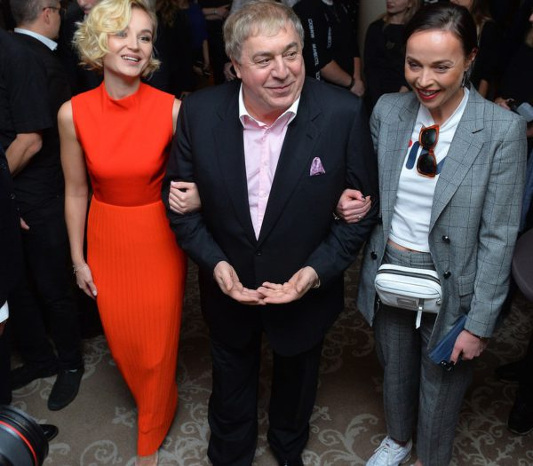 На фото: Полина Гагарина, Михаил Гуцериев, руководитель медиа-холдинга Krutoy Media Юлия Голубева