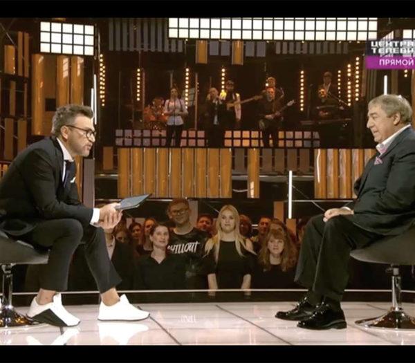 Поэт Михаил Гуцериев в прямом эфире «Центрального телевидения» на НТВ